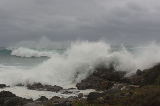 big waves at Mullimburra